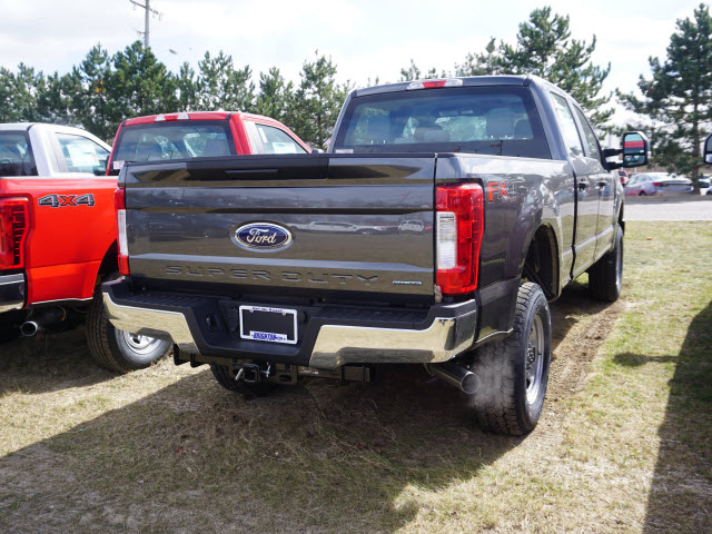 2017 F-350 Crew Cab 4x4, Pickup #172090 - photo 6