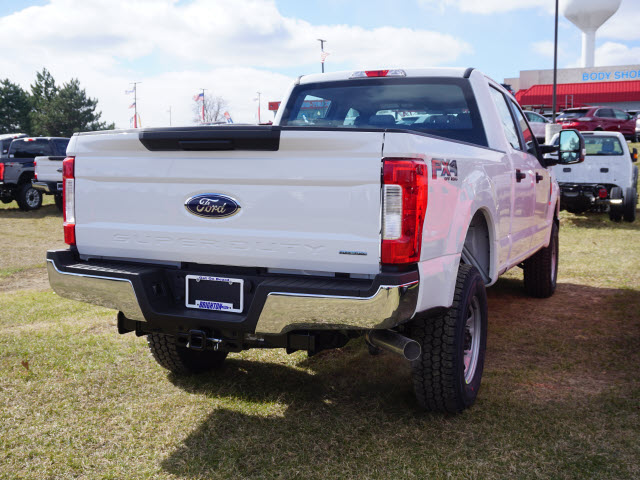 2017 F-350 Crew Cab 4x4, Pickup #172134 - photo 6