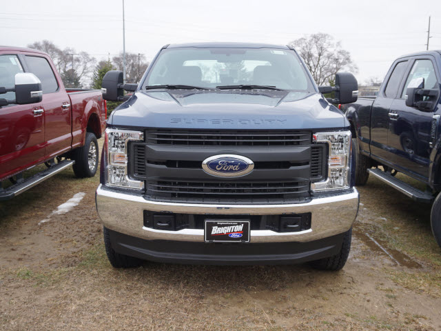 2017 F-350 Crew Cab 4x4, Pickup #172149 - photo 4