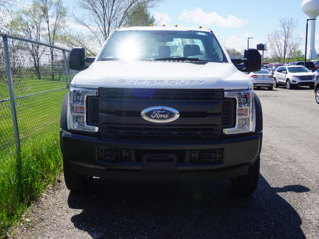 2017 F-550 Regular Cab DRW Cab Chassis #172251 - photo 4