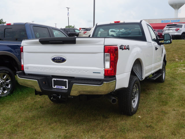 2017 F-350 Regular Cab 4x4, Pickup #173444 - photo 6