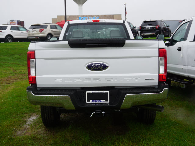 2017 F-350 Regular Cab 4x4, Pickup #173923 - photo 5