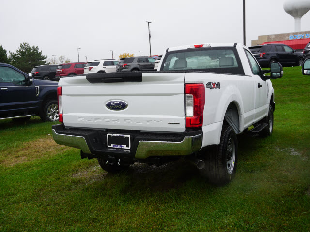 2017 F-350 Regular Cab 4x4, Pickup #173923 - photo 6