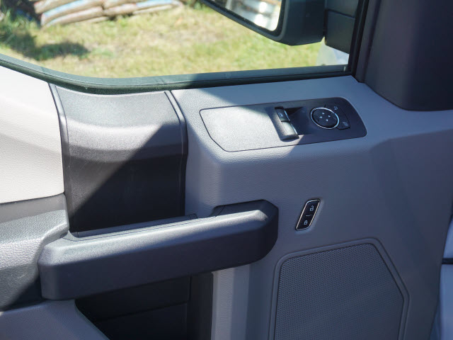 2018 F-150 Regular Cab, Pickup #180039 - photo 9