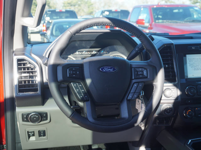 2018 F-150 Crew Cab 4x4, Pickup #180424 - photo 11