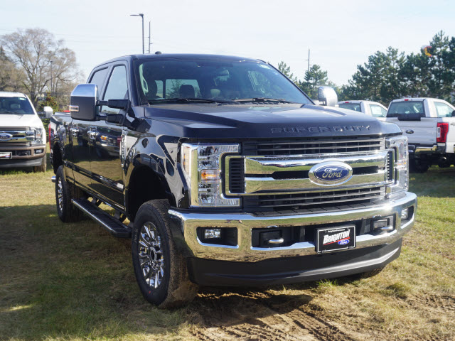 2018 F-250 Crew Cab 4x4, Pickup #180506 - photo 3