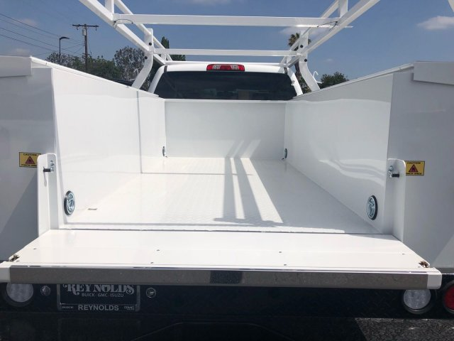 2018 Sierra 2500 Crew Cab 4x2,  Royal Service Body #G180777 - photo 9