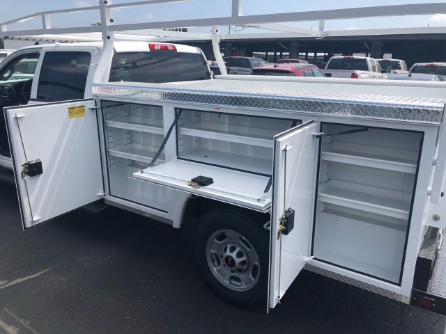 2018 Sierra 2500 Crew Cab 4x2,  Royal Service Body #G180777 - photo 7