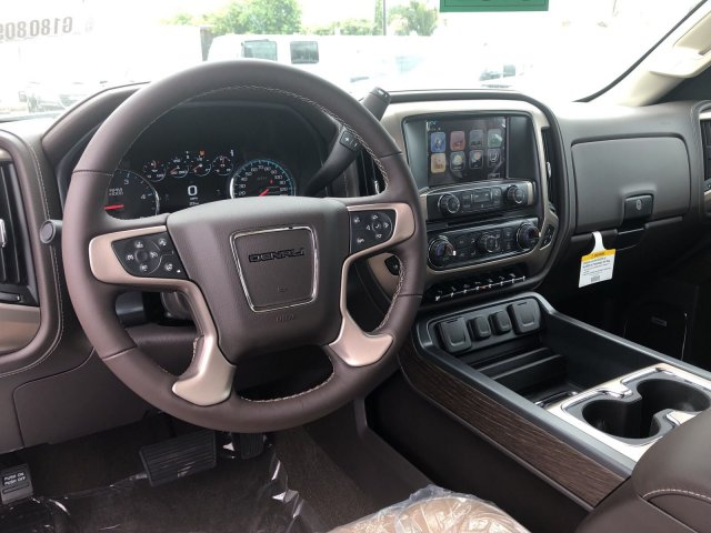 2018 Sierra 2500 Crew Cab 4x4,  Pickup #G180809 - photo 6