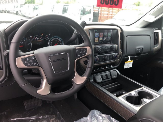 2018 Sierra 2500 Crew Cab 4x4,  Pickup #G180837 - photo 6