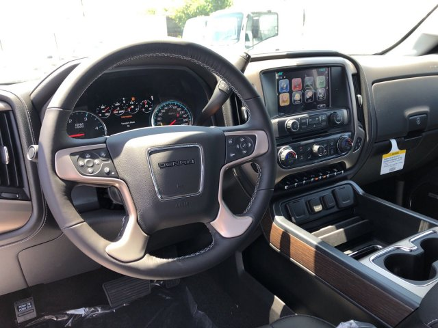 2018 Sierra 2500 Crew Cab 4x4,  Pickup #G180905 - photo 6