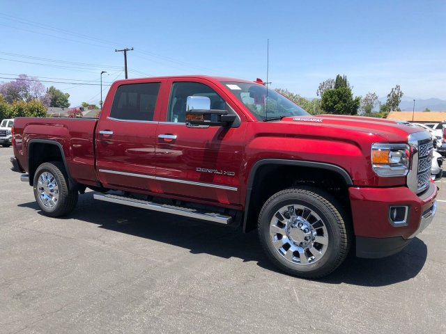 2018 Sierra 2500 Crew Cab 4x4,  Pickup #G180970 - photo 4
