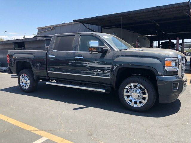 2018 Sierra 2500 Crew Cab 4x4,  Pickup #G180971T - photo 4