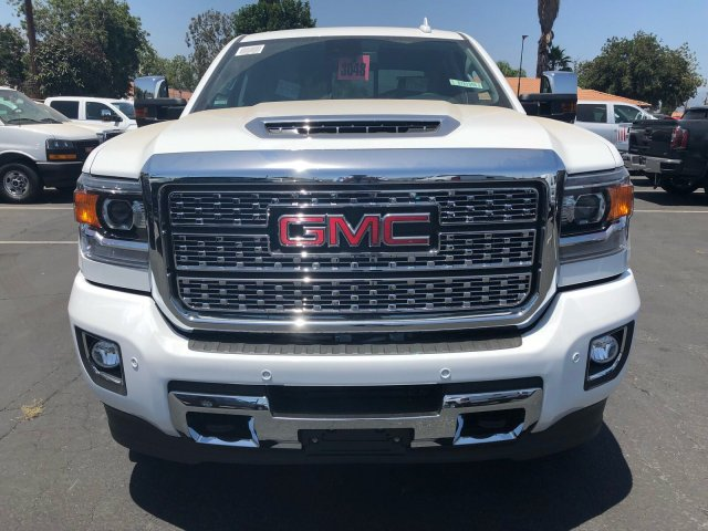 2018 Sierra 2500 Crew Cab 4x4,  Pickup #G181066 - photo 2