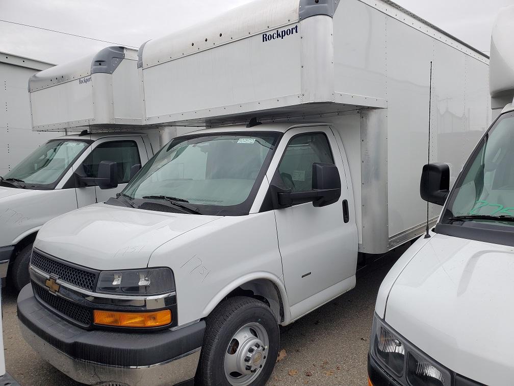 2020 Chevrolet Express 3500 RWD, Cutaway #502572 - photo 1