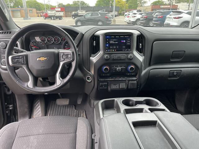 2021 Chevrolet Silverado 1500 Crew Cab 4x4, Pickup #511520 - photo 10