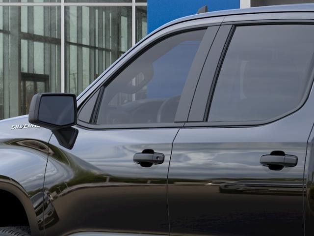 2021 Chevrolet Silverado 1500 Crew Cab 4x4, Pickup #511725 - photo 10