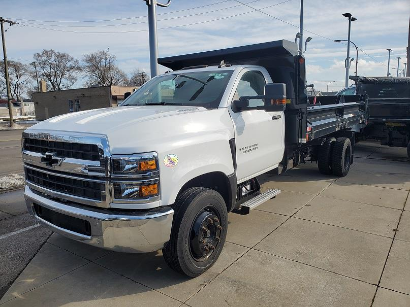 2019 Chevrolet Silverado Medium Duty Regular Cab DRW 4x2, Crysteel Dump Body #596316 - photo 1