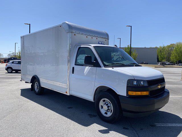 2020 Chevrolet Express 3500 4x2, Bay Bridge Cutaway Van #CL11249 - photo 8