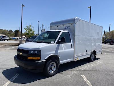 2020 Chevrolet Express 3500 4x2, Bay Bridge Cutaway Van #CL11249 - photo 6