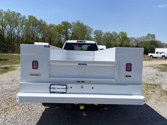 2020 Chevrolet Silverado 3500 Regular Cab DRW 4x4, Reading SL Service Body #CL37597 - photo 3