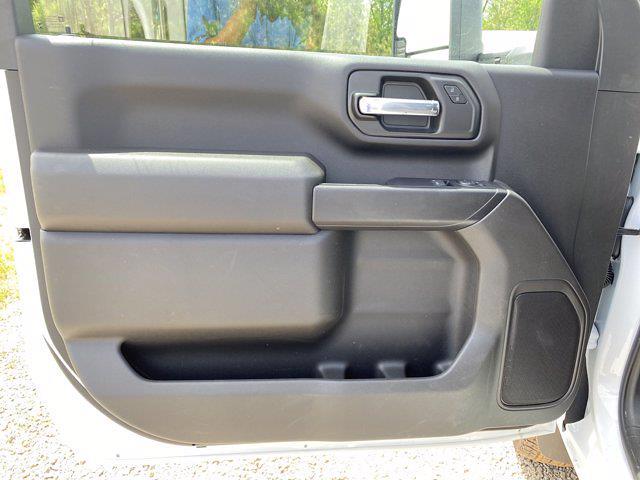 2020 Chevrolet Silverado 3500 Regular Cab DRW 4x4, Reading SL Service Body #CL37613 - photo 12
