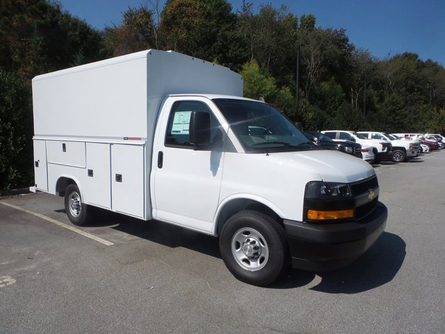 2020 Chevrolet Express 3500 RWD, Reading RVSL Service Utility Van #CL54645 - photo 4