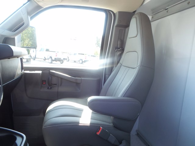 2020 Chevrolet Express 3500 RWD, Reading RVSL Service Utility Van #CL54645 - photo 20