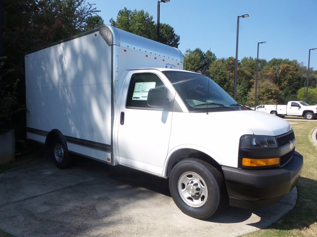 2020 Chevrolet Express 3500 RWD, Bay Bridge Cutaway Van #CL56192 - photo 10
