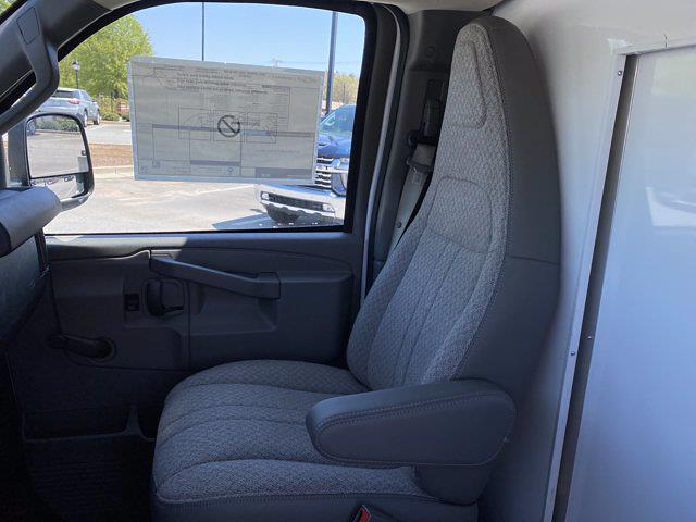 2020 Chevrolet Express 3500 4x2, Bay Bridge Cutaway Van #CL56228 - photo 12