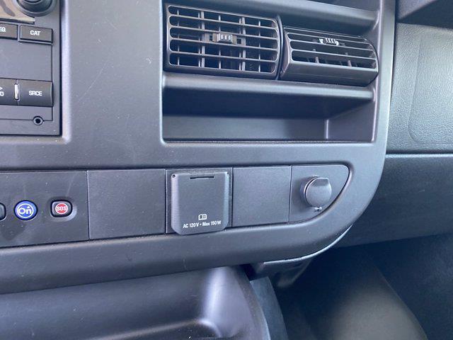 2020 Chevrolet Express 3500 4x2, Bay Bridge Cutaway Van #CL56228 - photo 18