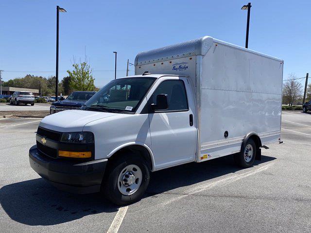 2020 Chevrolet Express 3500 4x2, Bay Bridge Cutaway Van #CL56228 - photo 4
