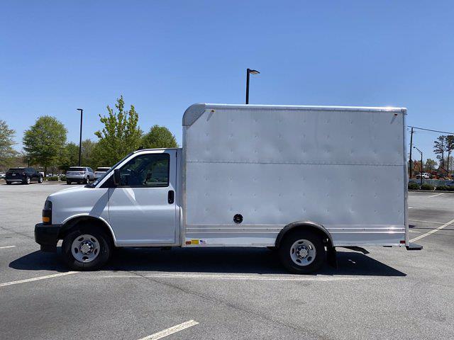 2020 Chevrolet Express 3500 4x2, Bay Bridge Cutaway Van #CL56228 - photo 5