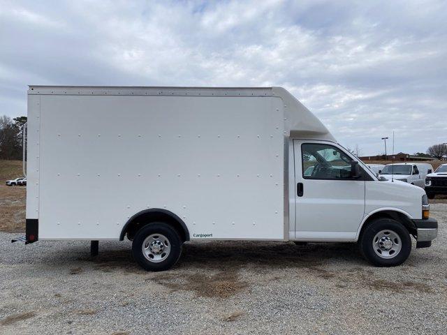 2020 Chevrolet Express 3500 4x2, Rockport Cargoport Cutaway Van #CL65207 - photo 3