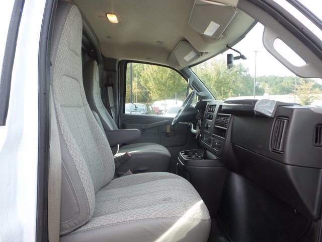 2020 Chevrolet Express 3500 4x2, Knapheide KUV Service Utility Van #CL67938 - photo 17