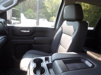 2020 Chevrolet Silverado 3500 Crew Cab DRW 4x4, Reading SL Service Body #CL93973 - photo 24