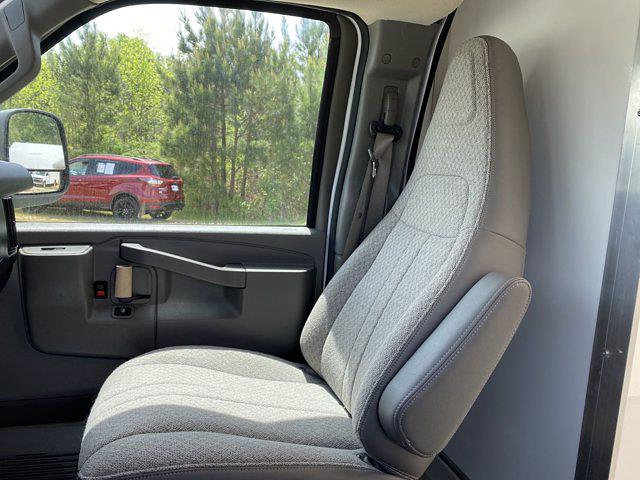 2021 Chevrolet Express 3500 4x2, Rockport Cargoport Cutaway Van #CM58183 - photo 15