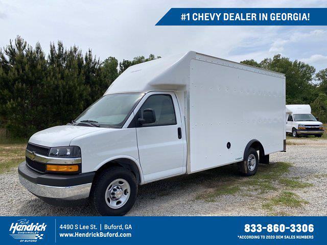 2021 Chevrolet Express 3500 4x2, Rockport Cutaway Van #CM58541 - photo 1