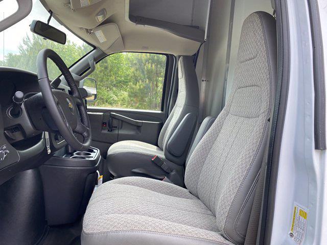 2021 Chevrolet Express 3500 4x2, Rockport Cargoport Cutaway Van #CM58541 - photo 13
