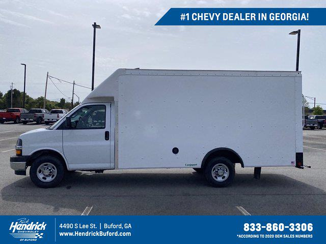 2021 Chevrolet Express 3500 4x2, Rockport Cutaway Van #CM59356 - photo 1