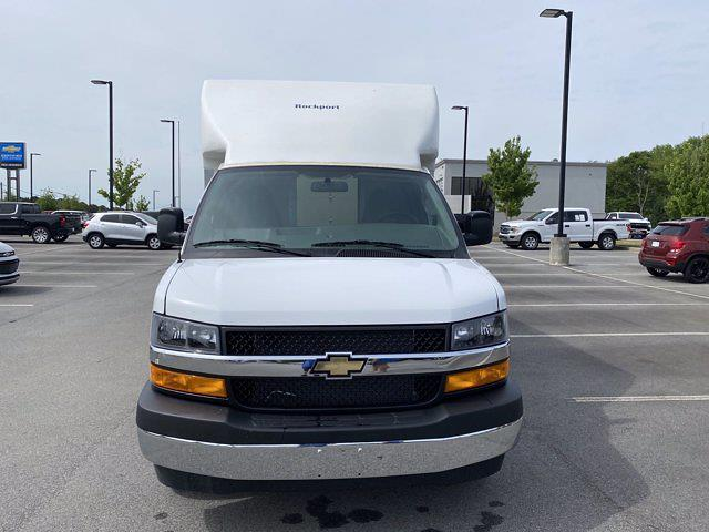 2021 Chevrolet Express 3500 4x2, Rockport Cargoport Cutaway Van #CM59356 - photo 4