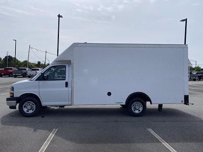2021 Chevrolet Express 3500 4x2, Rockport Cargoport Cutaway Van #CM59356 - photo 3