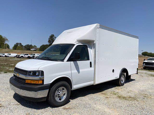 2021 Chevrolet Express 3500 4x2, Rockport Cargoport Cutaway Van #CM60206 - photo 4