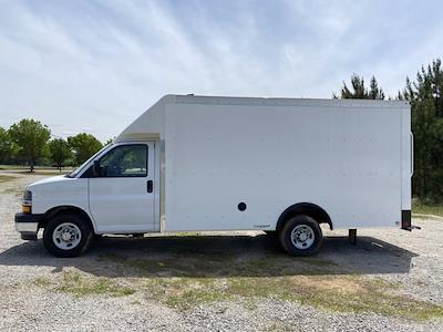 2021 Chevrolet Express 3500 4x2, Rockport Cargoport Cutaway Van #CM60270 - photo 5