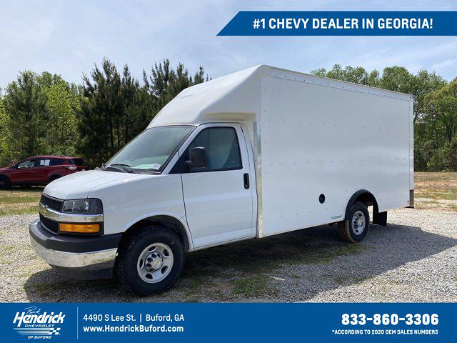 2021 Chevrolet Express 3500 4x2, Rockport Cutaway Van #CM60327 - photo 1