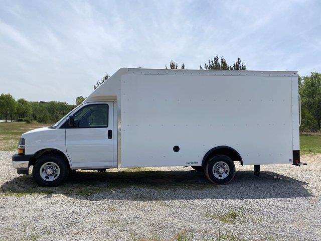 2021 Chevrolet Express 3500 4x2, Rockport Cargoport Cutaway Van #CM60327 - photo 5