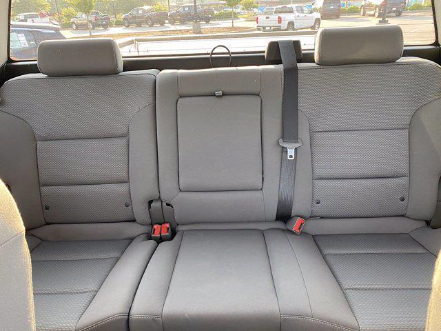 2018 Chevrolet Silverado 1500 Crew Cab 4x2, Pickup #M11375A - photo 11