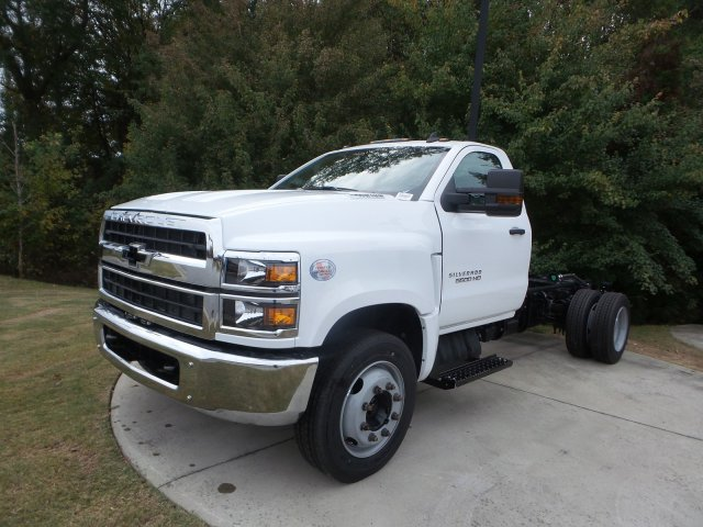 2019 Chevrolet Silverado 5500 Regular Cab DRW RWD, Cab Chassis #KH863704 - photo 8