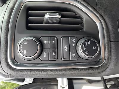 2019 Chevrolet Silverado 1500 Crew Cab 4x4, Pickup #X21107A - photo 6