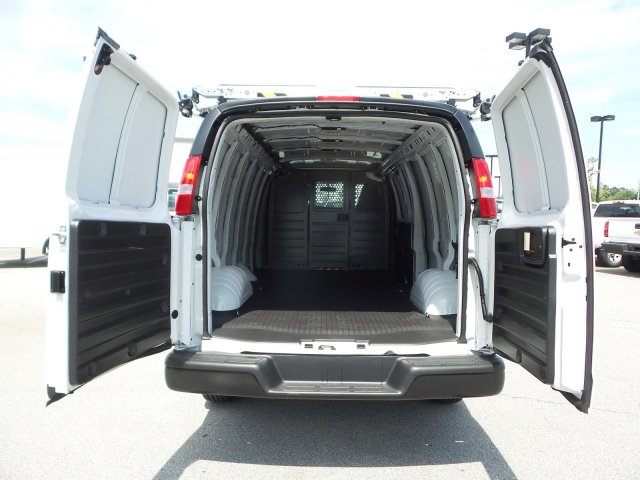 2019 Express 2500 4x2,  Empty Cargo Van #M1234524 - photo 1